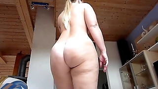 Big German Ass Zentai Strip